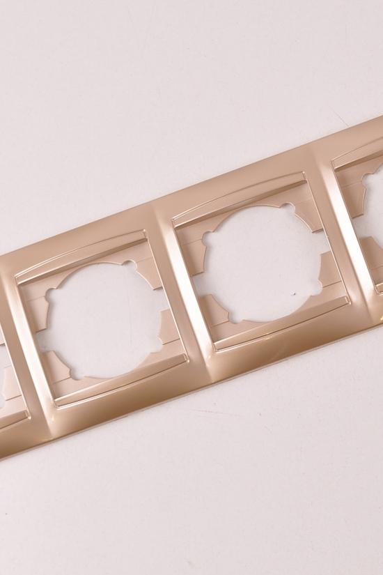 Рамка 4-постовая горизонтальная (цв.золотой)Lemanso арт.LMR1213